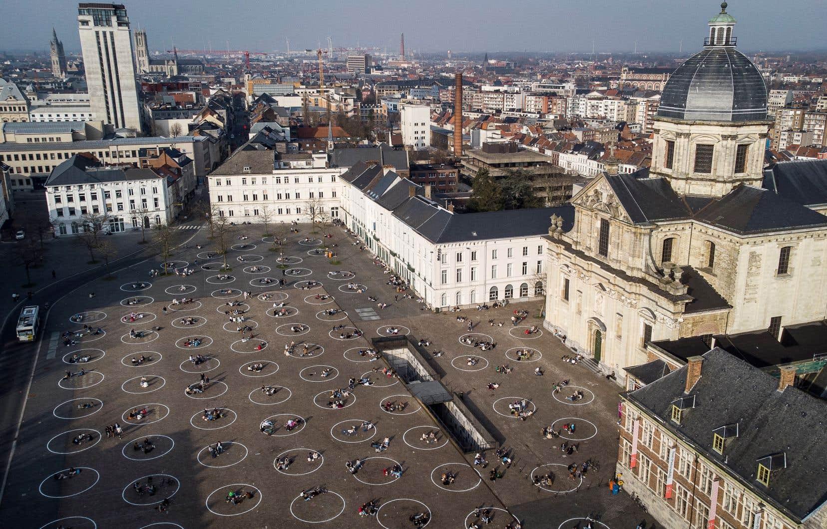 L'État belge est condamné à prendre toutes les mesures appropriées pour «mettre un terme à la situation d'illégalité apparente découlant des mesures restrictives des libertés et droits fondamentaux».