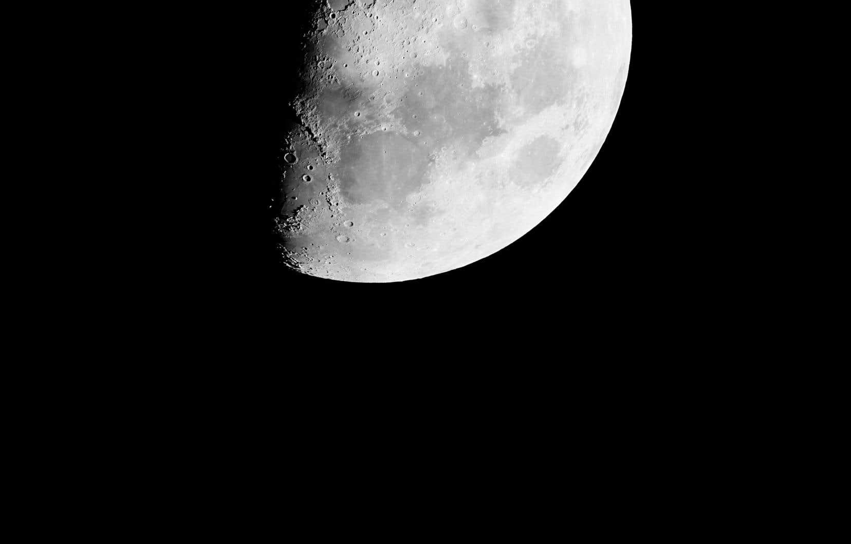 Yann Pocreau, avec la collaboration de Guillaume Poulin, «La Lune, pour moi, le 20 juillet 2018» (détail), 2018