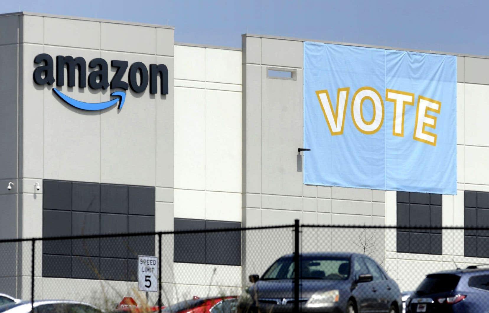 «Amazon n'a pas gagné, nos salariés ont choisi de voter contre le syndicat», a réagi le groupe dans un communiqué, balayant les accusations d'intimidation.