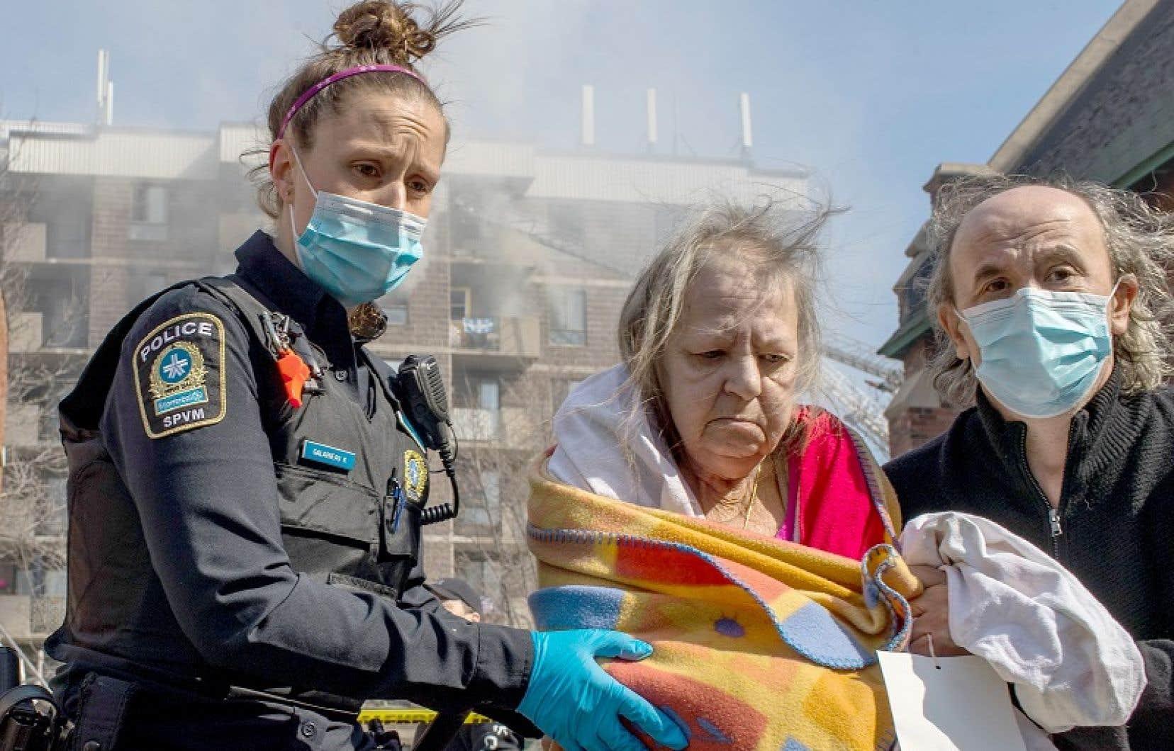 Près d'une centaine de résidents ont été évacués de l'immeuble situé dans le quartier Côte-Saint-Paul.