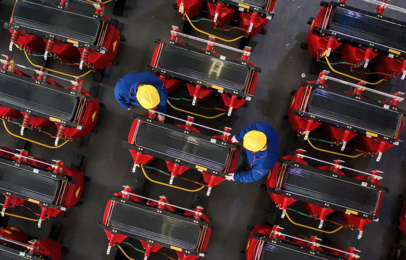 «En imputant à la Chine l'ensemble de la valeur des exportations, on exagère les exportations chinoises, dont notre dépendance commerciale envers ce pays», écrit l'auteur.
