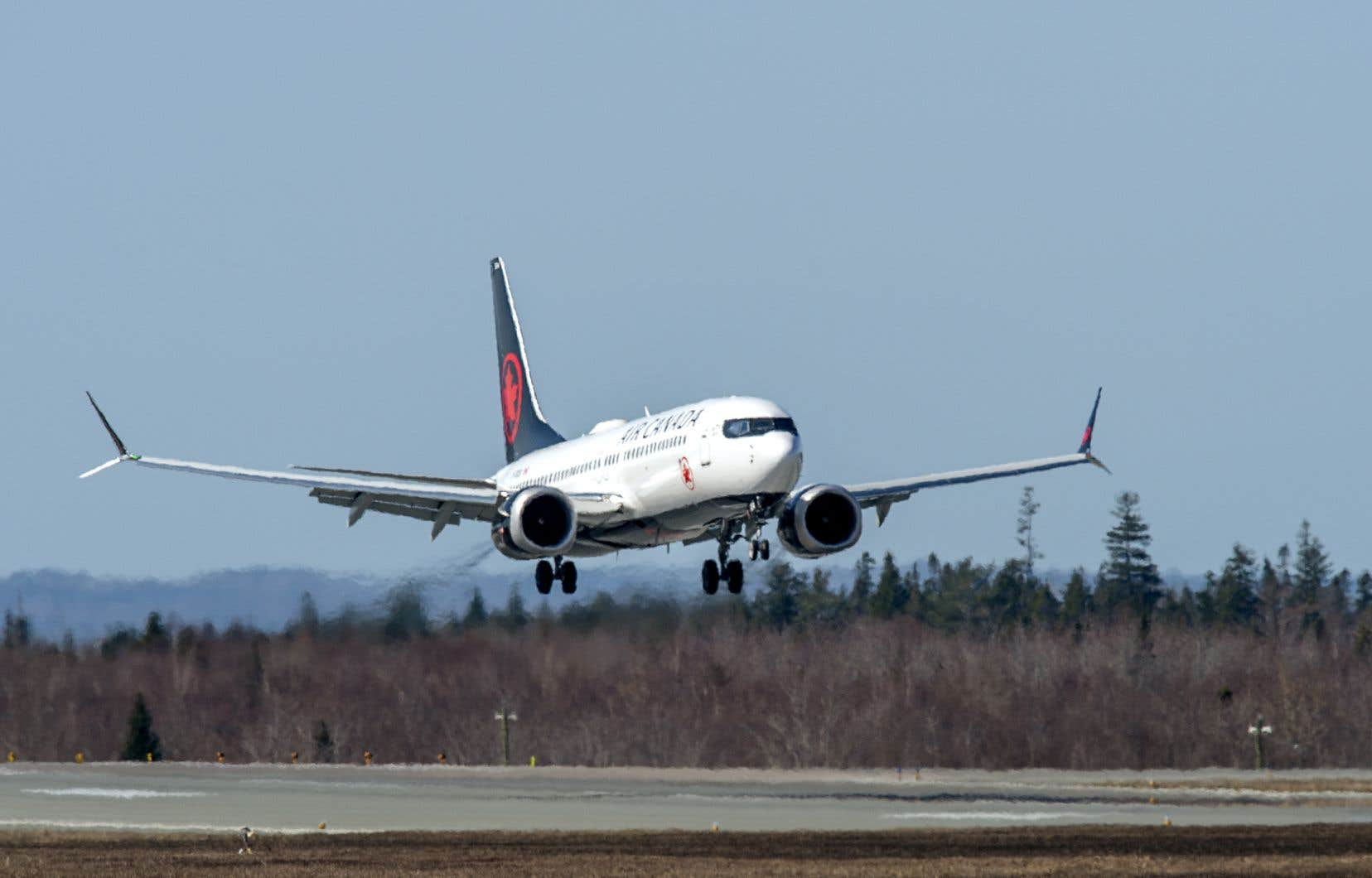 Air Canada a perdu 4,6milliards au cours de l'exercice terminé le 31décembre dernier en plus de voir ses revenus plonger de 70% et le volume de passagers transportés s'effondrer de 73%.