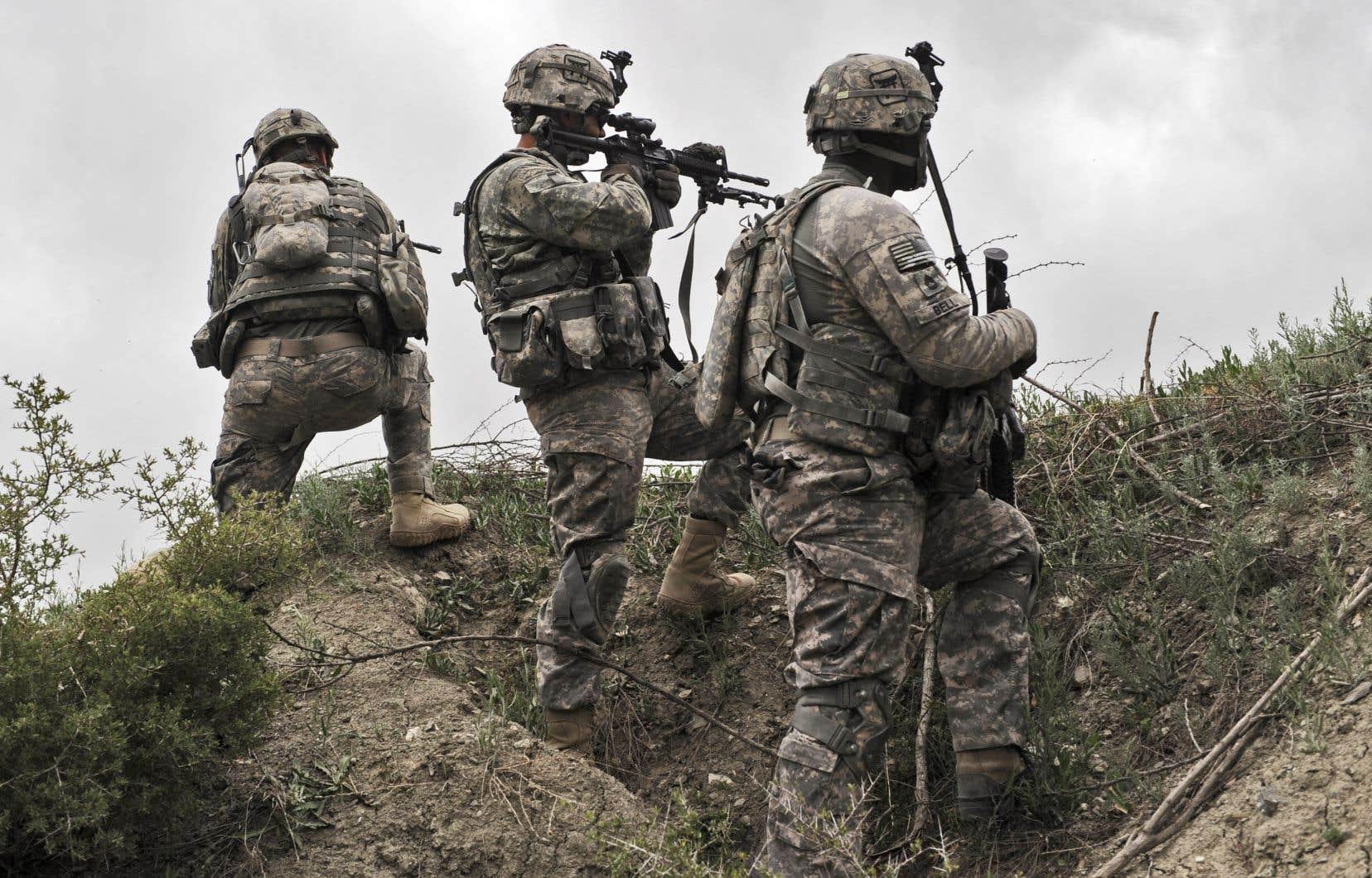 Les États-Unis sont intervenus en Afghanistan dans la foulée des attentats du 11 septembre 2001. Des soldats américains y sont déployés depuis.