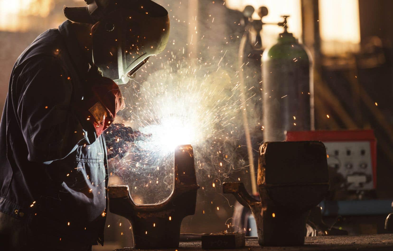 «Les besoins de travailleurs pour les entreprises manufacturières sont criants», explique l'autrice.