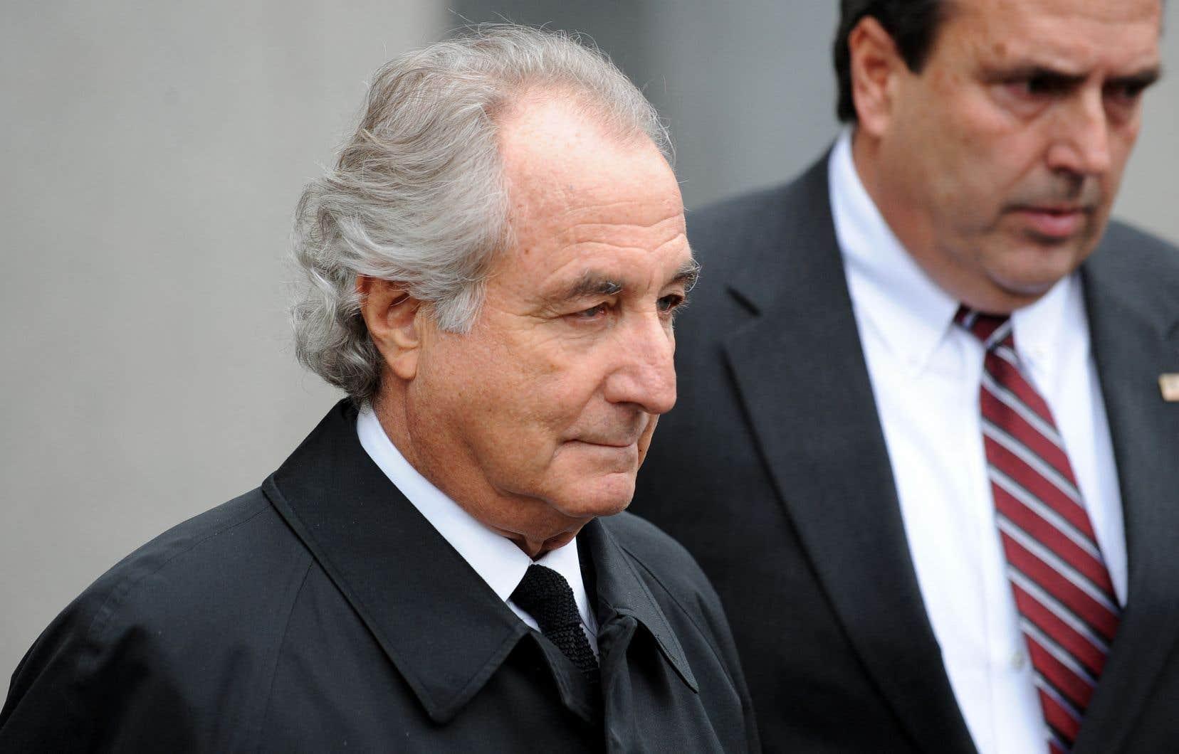 Bernie Madoff a été condamné en 2009 à 150 ans de prison après avoir plaidé coupable à 11 chefs d'inculpation, notamment pour fraude et blanchiment d'argent.