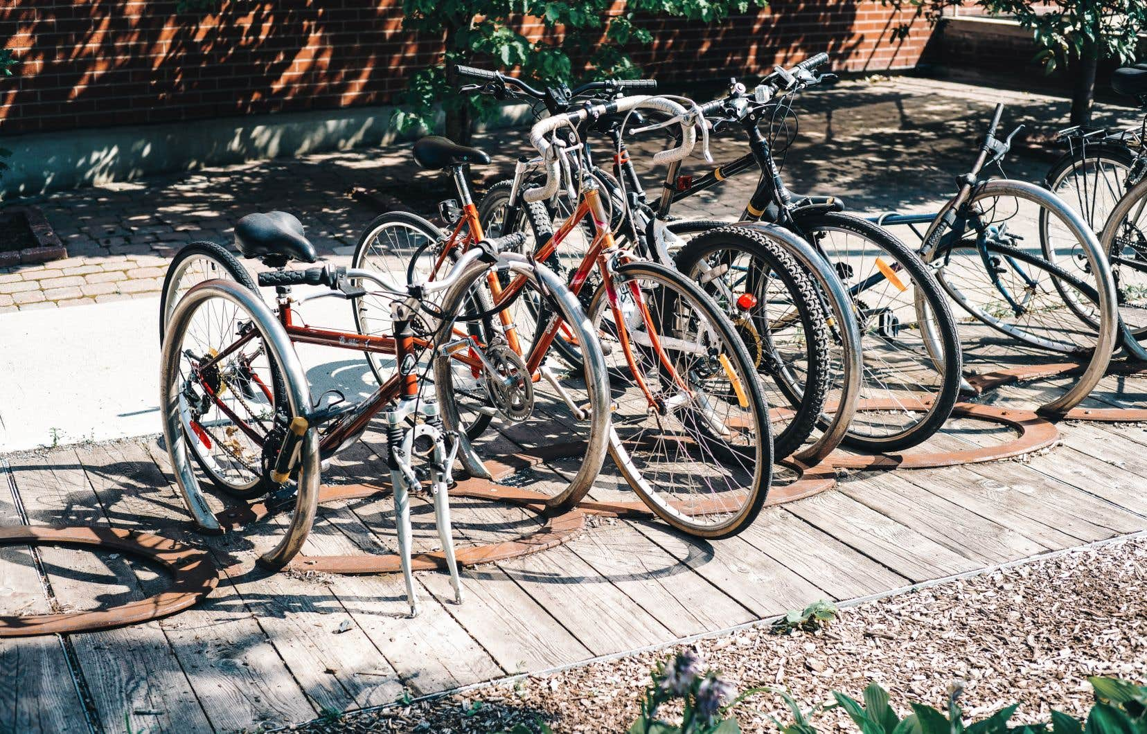 Montréal devient la première ville québécoise à opter pour l'application Garage 529 pour contrer le vol de vélos sur son territoire.
