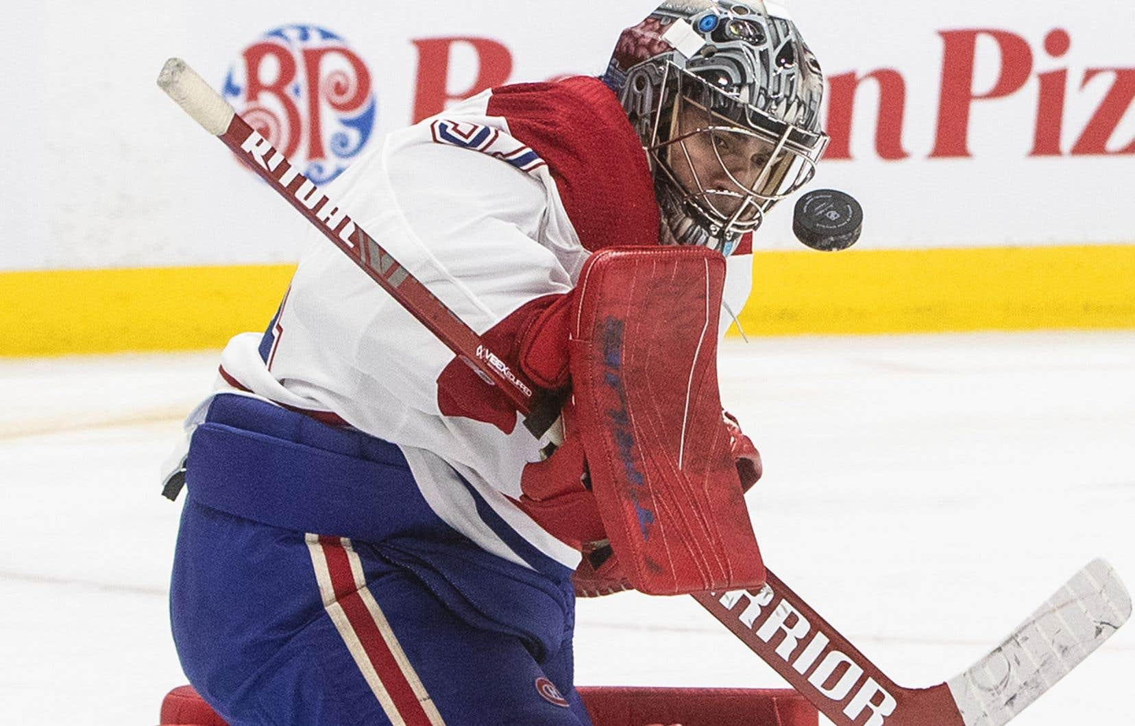 Carey Price s'est blessé au cours de la première période de l'éventuelle défaite de 4-1 du Tricolore face aux Oilers, lundi, quand l'attaquant Alex Chiasson a commis de l'obstruction à son endroit.