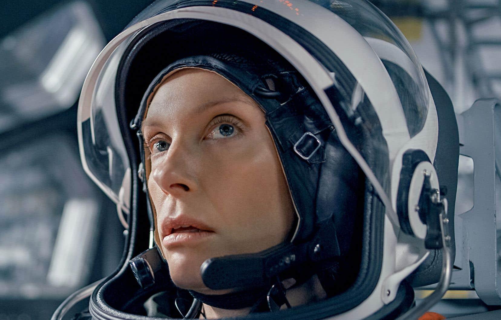 Toni Collette dans le rôle de Marina Barnett