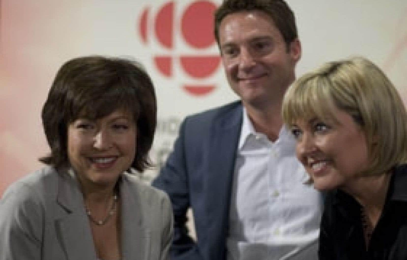 Le service d'information de Radio-Canada vivra un jeu de chaises musicales en janvier. Patrice Roy remplacera Pascale Nadeau au Téléjournal montréalais de 18h, pendant que Céline Galipeau remplacera Bernard Derome les soirs de semaine.