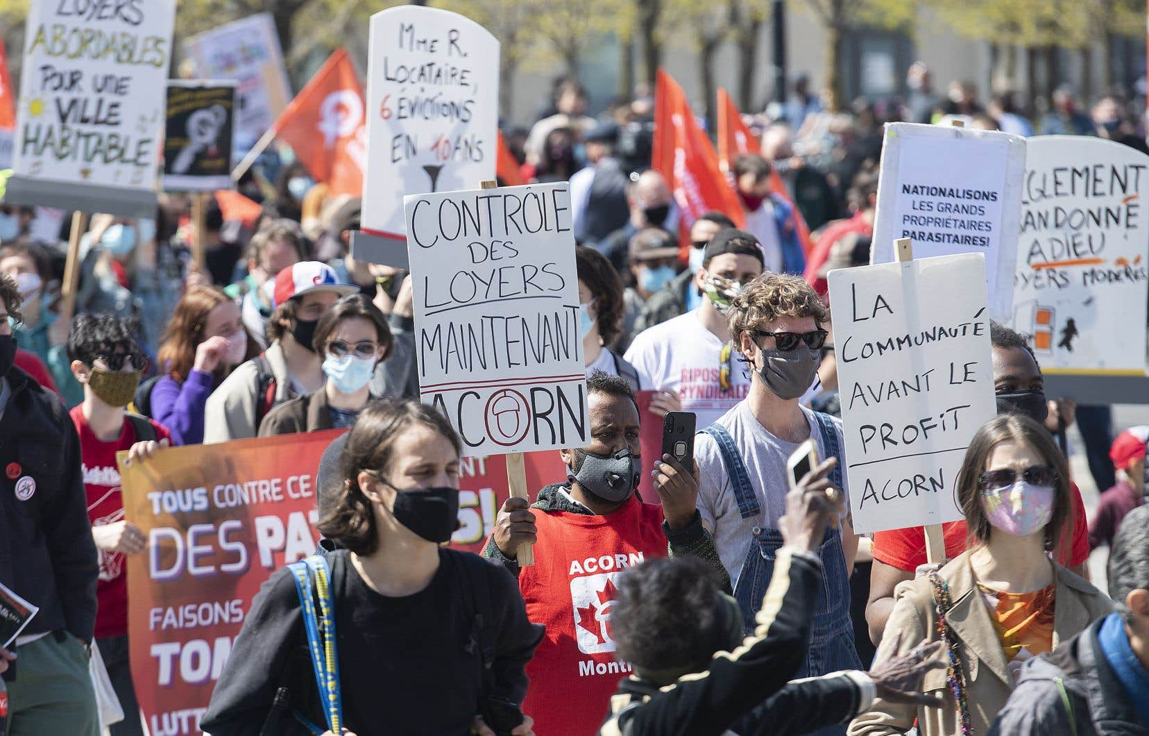 À l'approche du 1erjuillet et de la période des déménagements, la surenchère dans le prix des loyers à Montréal, associée à un phénomène de rareté des logements à plusieurs endroits, inquiète plusieurs locataires.