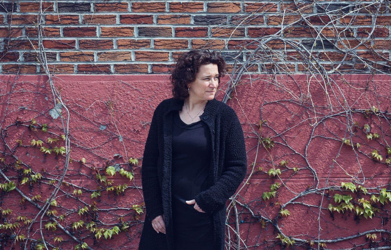 Nathalie Maillé,  directrice générale du Conseil des arts de  Montréal, voulait remercier les  artistes à travers ce projet.