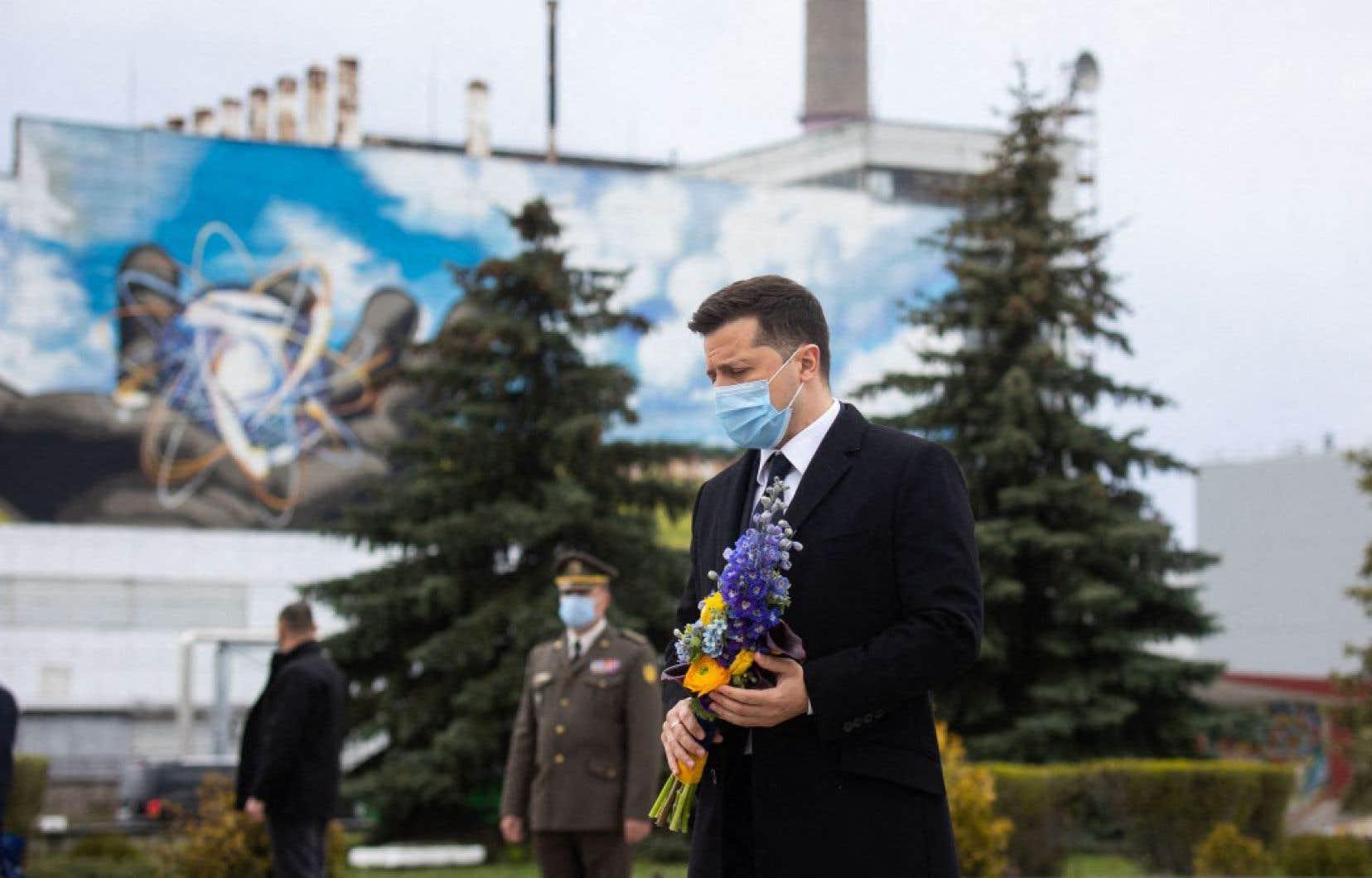 Le président Volodymyr Zelensky a appelé la communauté internationale à «renforcer la sécurité» nucléaire.