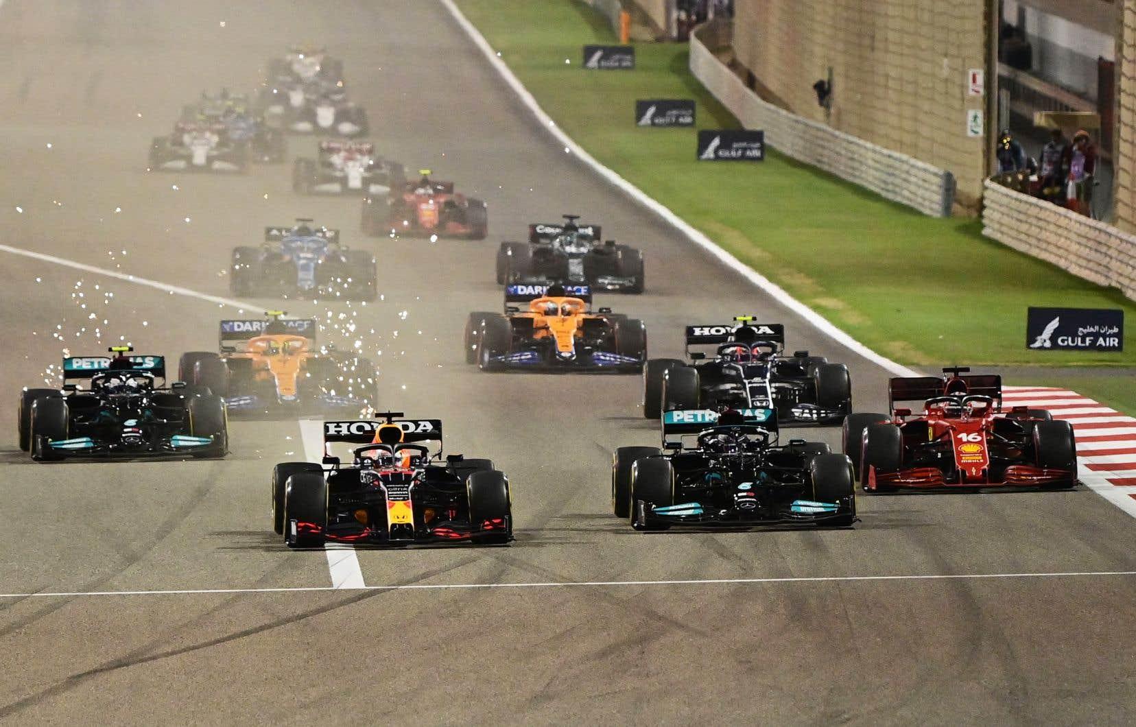 «La F1 se montre plus forte que jamais avec toutes les parties prenantes travaillant de manière unie (...)», ajoute Jean Todt, le président de la Fédération internationale de l'automobile (FIA).