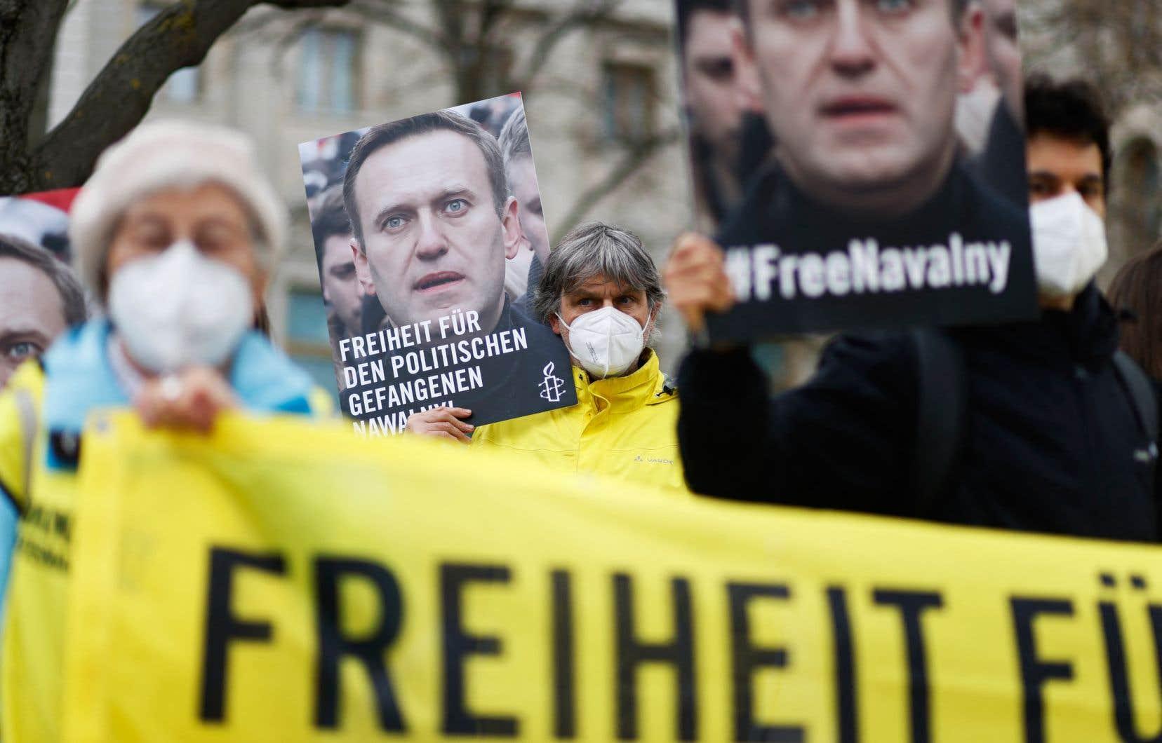 Manifestation organisée par Amnesty International devant l'ambassade de Russie à Berlin, le 24 avril dernier.
