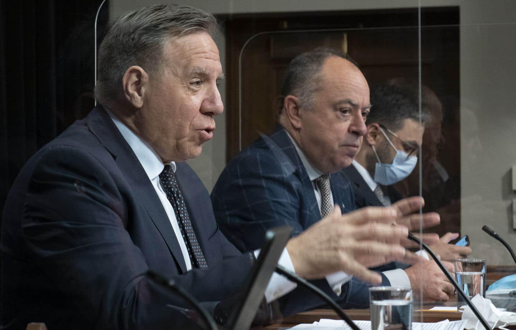 Devant les journalistes, le premier ministre François Legault a dit avoir mandaté le ministre de la Santé, Christian Dubé, afin qu'il fasse «une enquête complète pour voir ce qui est arrivé».