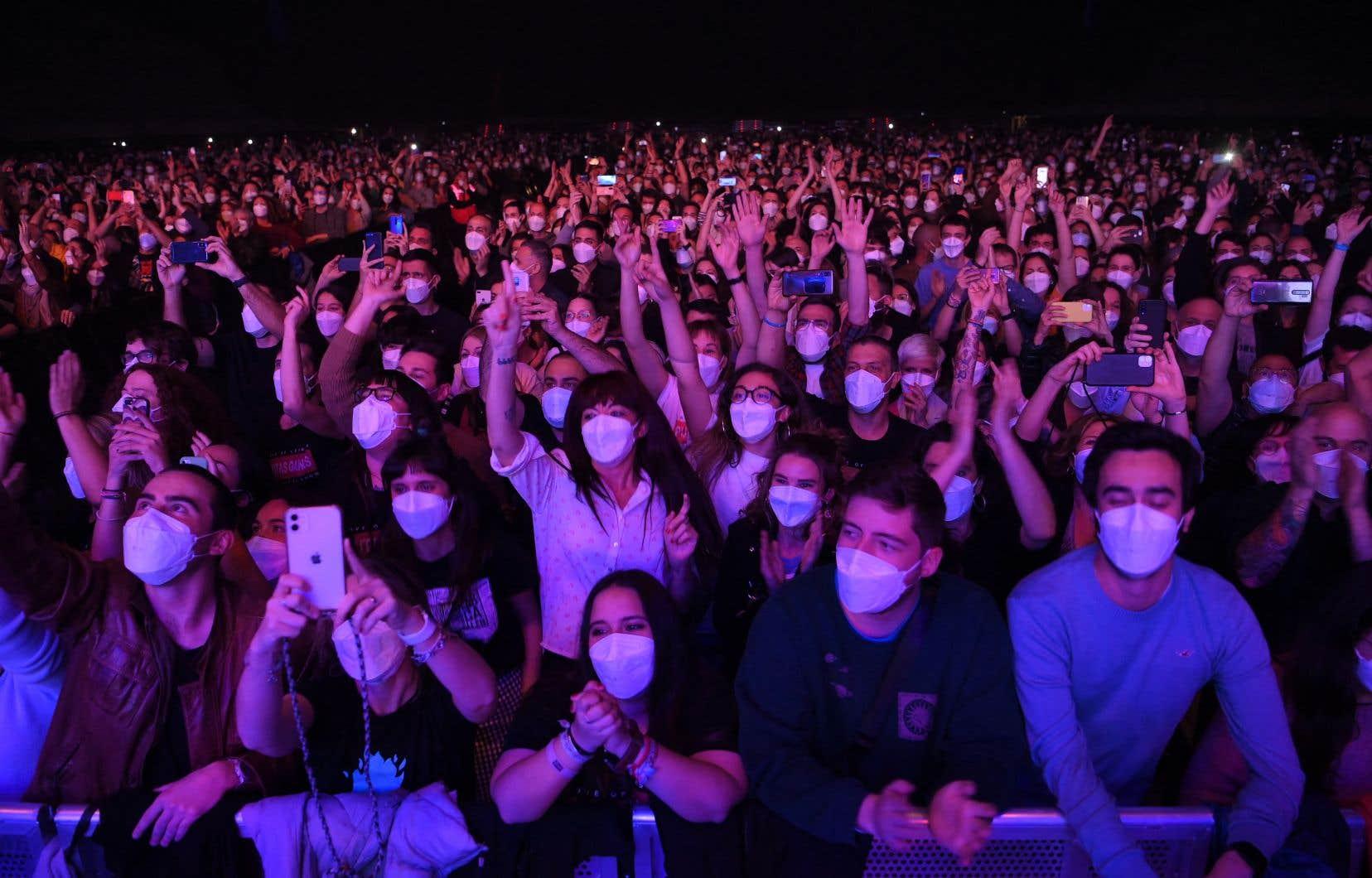 Deux semaines après le concert-test du 27 mars, «il n'y a aucun signe qui suggère qu'une transmission [du coronavirus] a eu lieu pendant l'évènement, ce qui était l'objectif de cette étude», selon les organisateurs.