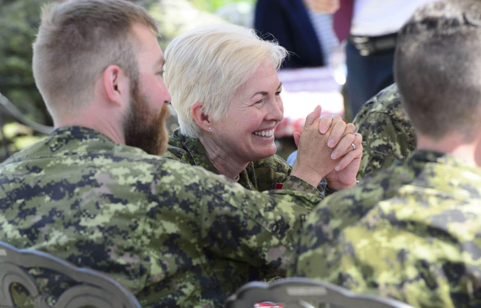Le premier ministre a indiqué que c'est aussi pour cette raison que le gouvernement ne veut pas attendre le rapport Arbour pour agir. Il a créé une nouvelle unité dirigée par la lieutenante-générale Jennie Carignan (sur la photo): le groupe Conduite professionnelle et culture.