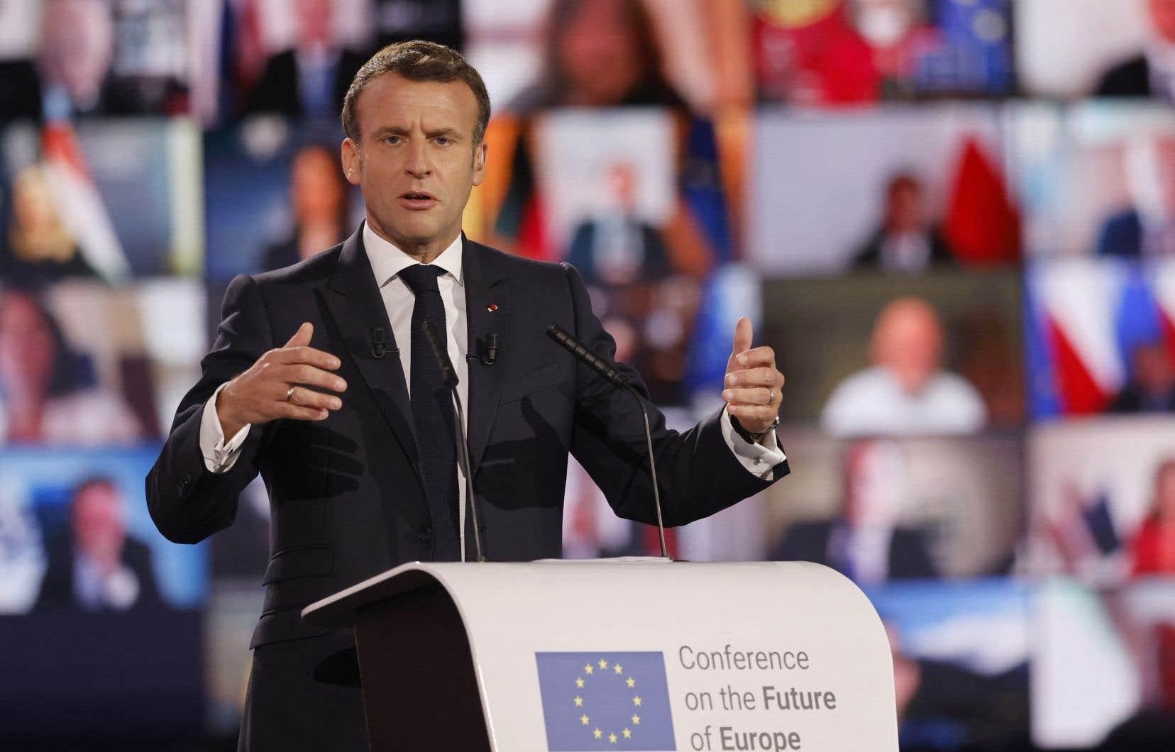 Si Macron avait été élu en 2017 avec une bonne proportion d'électeurs de gauche, il devrait cette fois pouvoir compter sur un réservoir de voix de droite.