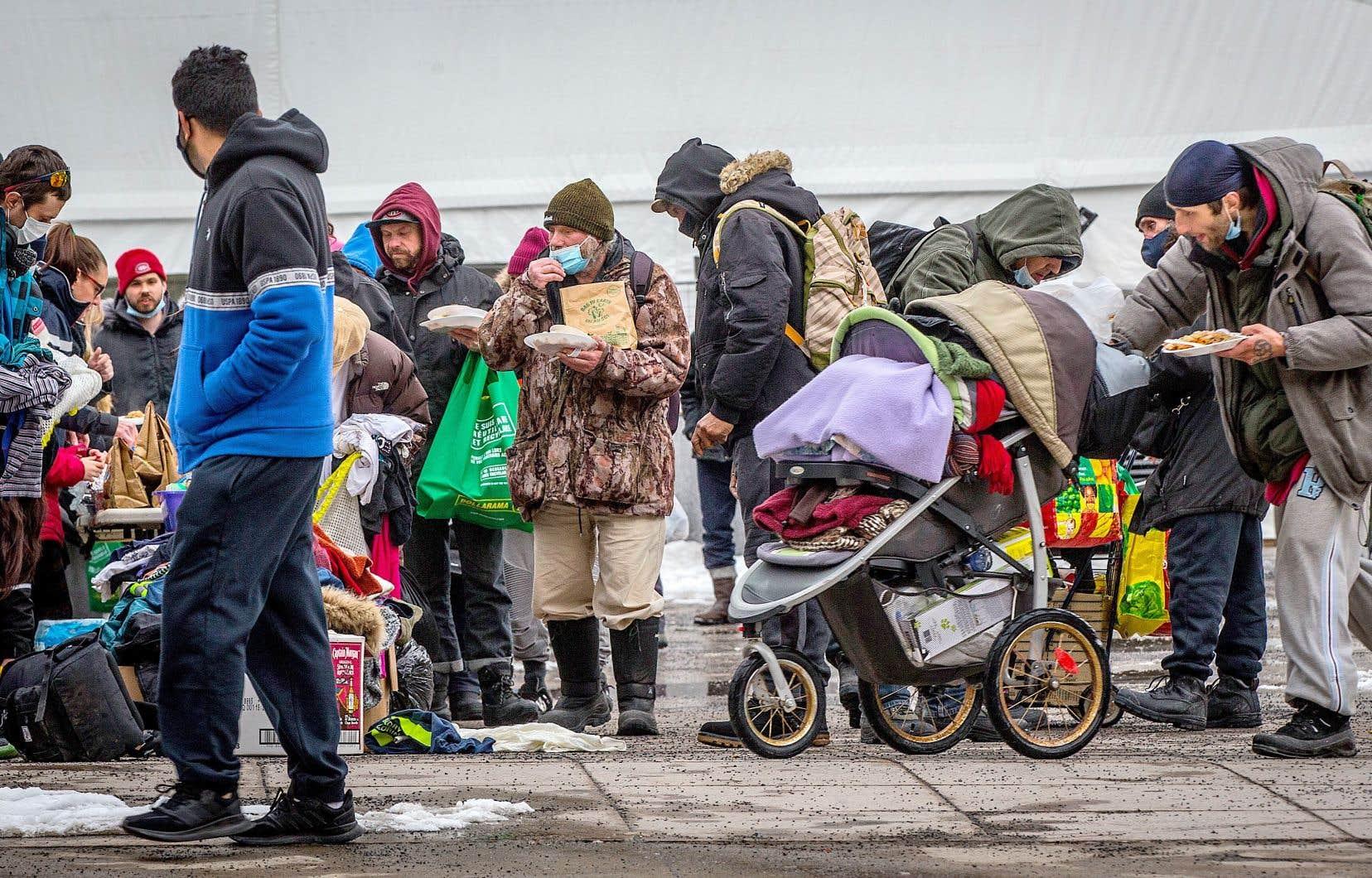 La pauvreté demeure le plus grand enjeu de toute société, selon Pierre Boivin. À plus forte raison avec la pandémie, qui a frappé de plein fouet les gens les moins fortunés.