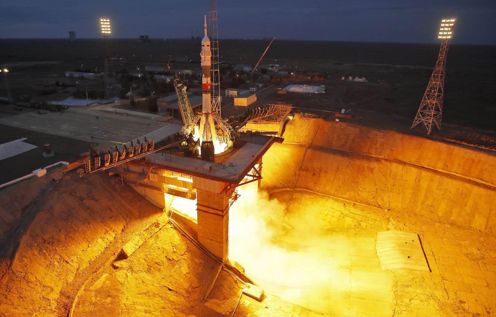 Roscosmos et Space Adventures avaient déjà collaboré entre 2001 et 2009 pour envoyer de richissimes entrepreneurs dans l'espace à huit reprises.