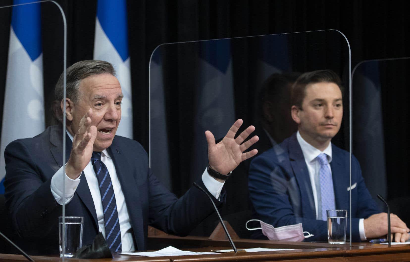 Le premier ministre a soutenu que le projet de loi concocté par le ministre Simon Jolin-Barrette, responsable de la Langue française, représente le «geste le plus fort» posé pour protéger la langue française depuis le dépôt de la loi 101, en 1977.