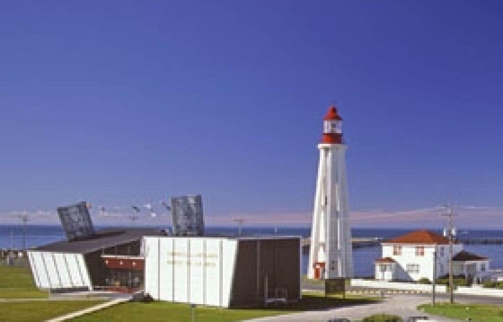 Le pavillon du musée symbolise le navire coupé en deux. Photo: Michel Laverdière