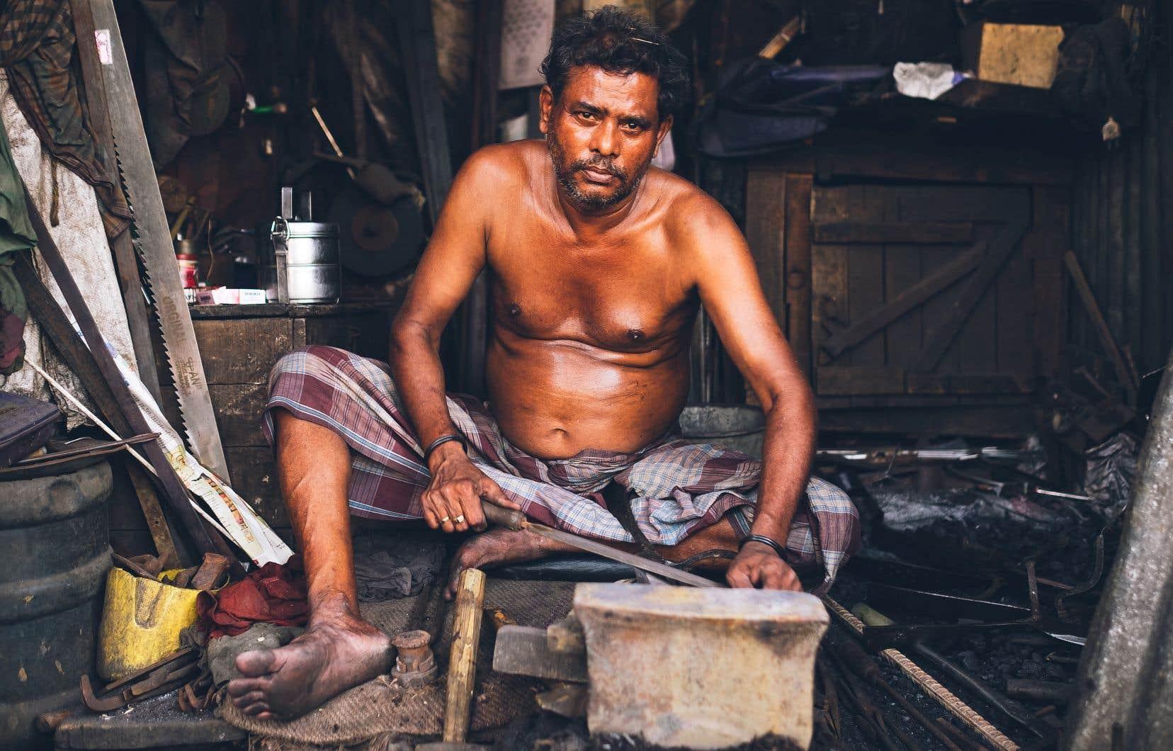 Une photos tirée du livre de Drowster, «Travailleurs», qui contient 186 portraits portraits croqués dans 19 pays durant 5ans.