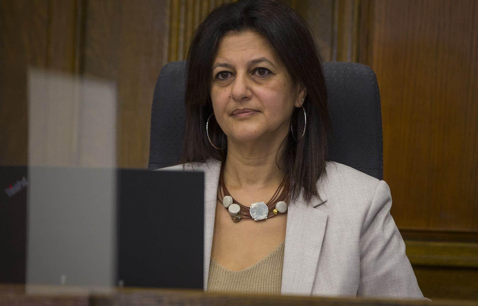 La coroner Géhane Kamel