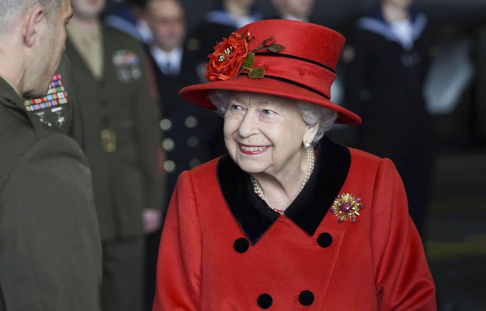 La reine Élisabeth II est âgée de 95ans.
