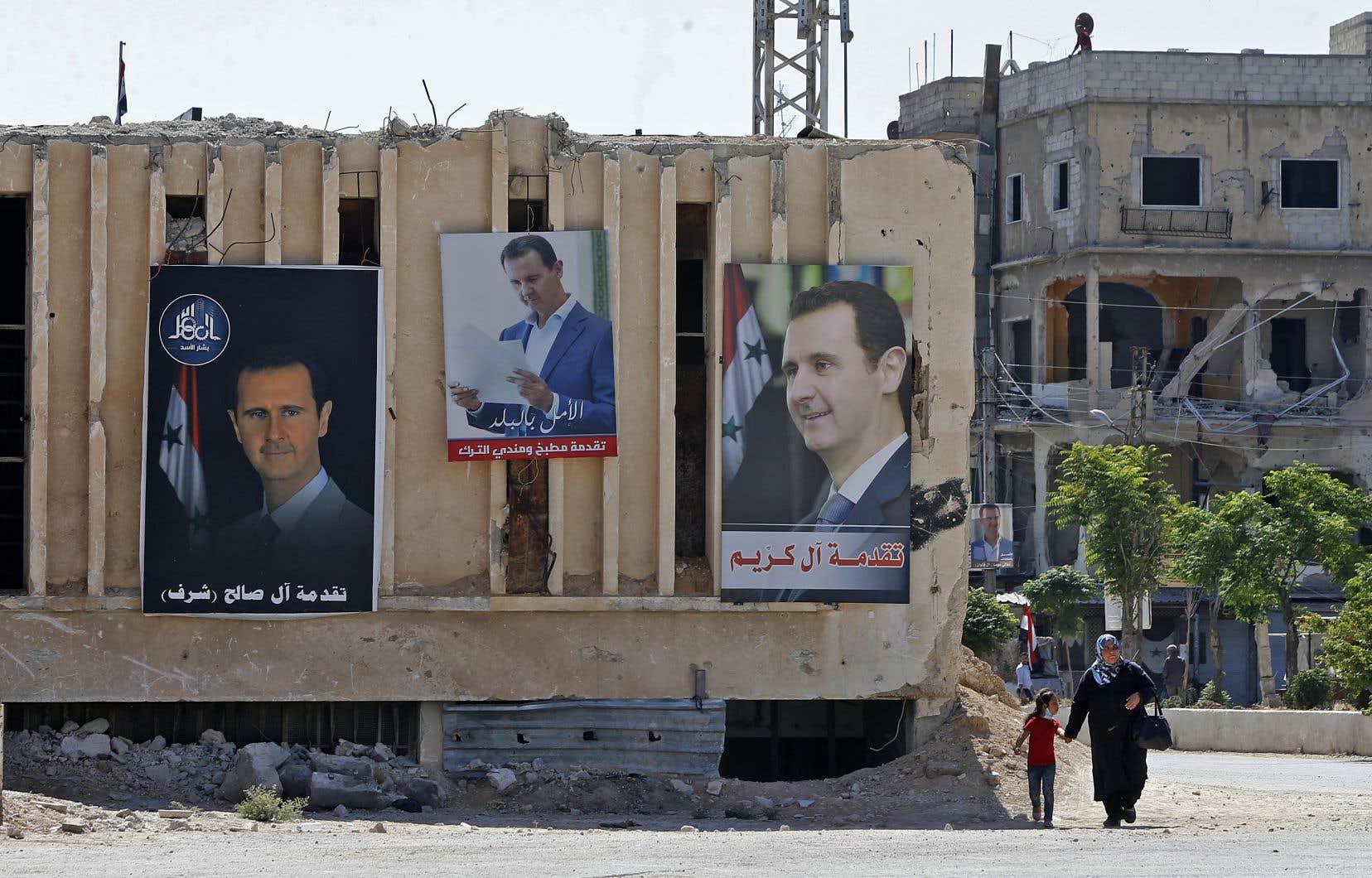 Propulsé au pouvoir en 2000, M.Assad a remplacé son père Hafez, décédé après 30 années d'un règne sans partage.