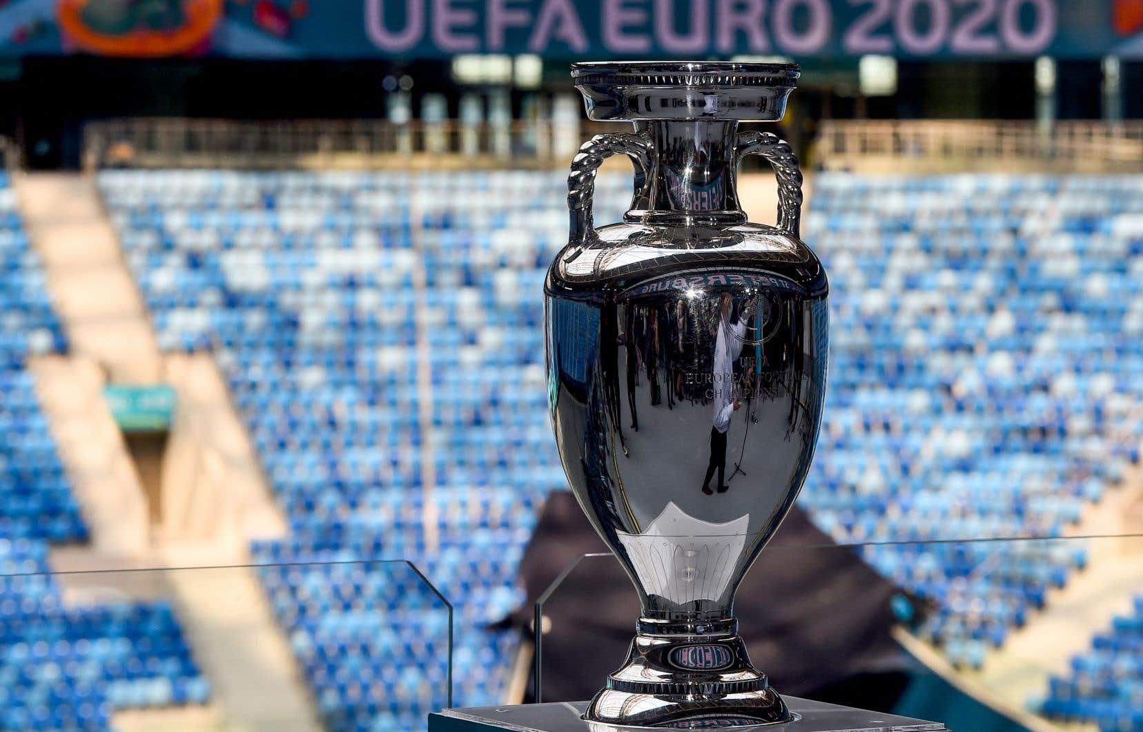 Le coup d'envoi de l'Euro 2020 sera donné le 11juin avec 24 équipes s'affrontant un peu partout à travers le continent, de Glasgow à Saint-Pétersbourg en passant par Munich.