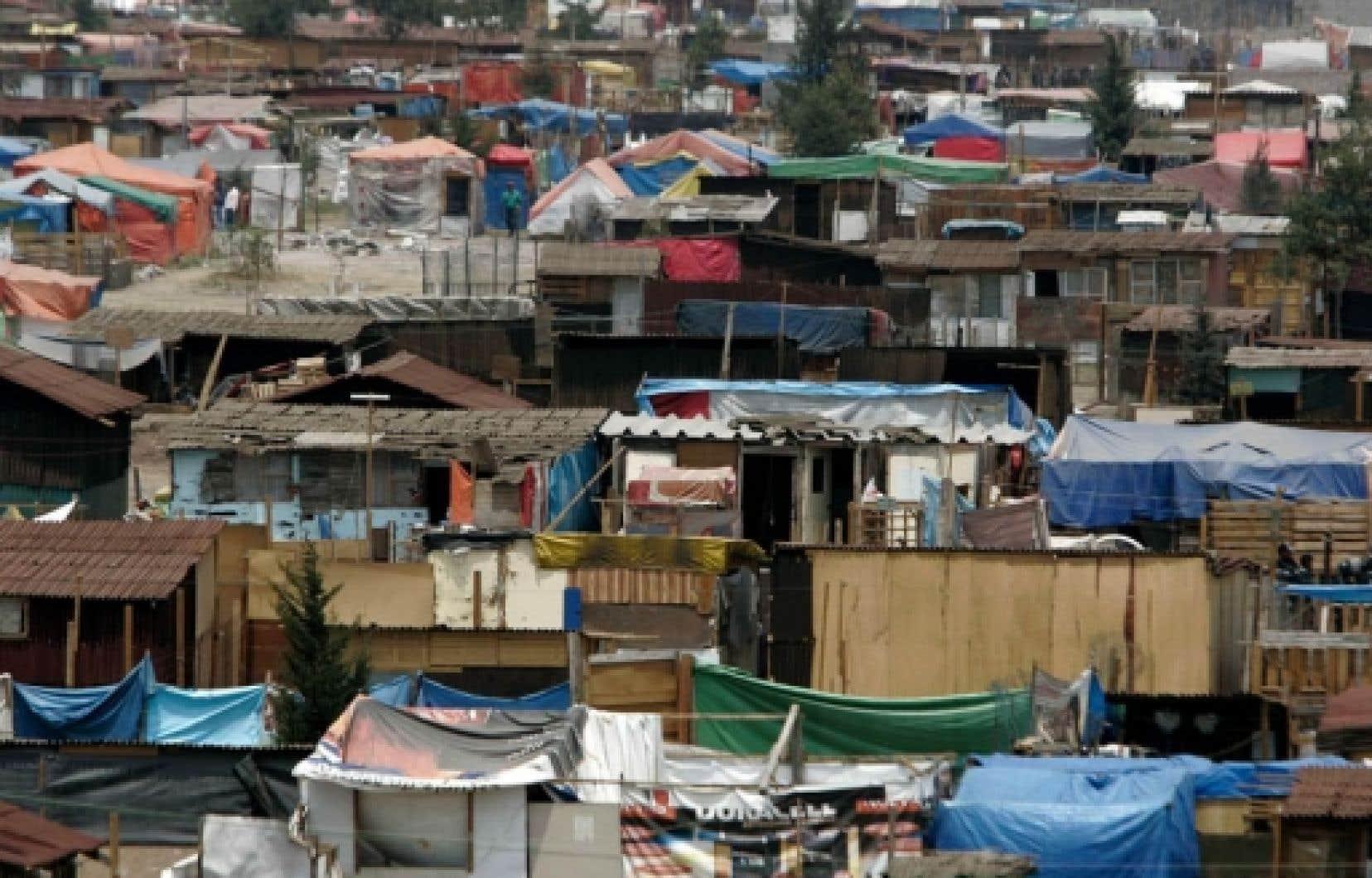 Bidonville dans la banlieue de Mexico<br />