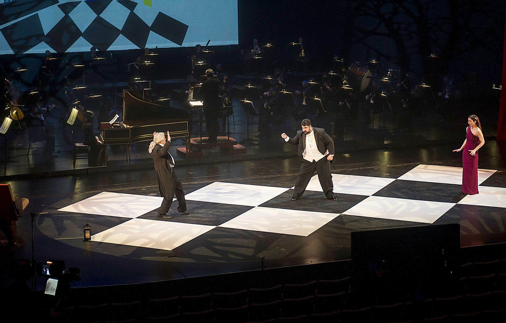 La captation visuelle et sonore du «Barbier de Séville» a été une réussite pour l'Opéra de Québec, qui devait composer avec des chanteurs à l'avant-scène et un orchestre tout au fond.