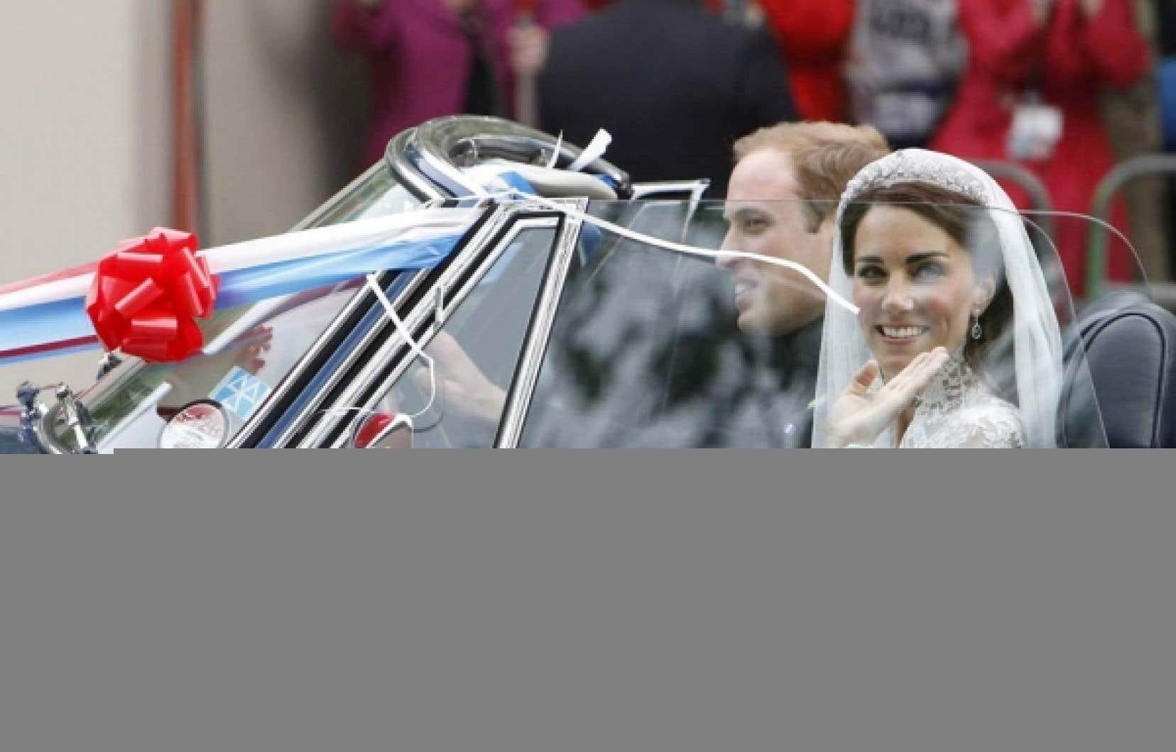 Amir Khadir a comparé la visite du couple royal à une tournée de cirque. <br />