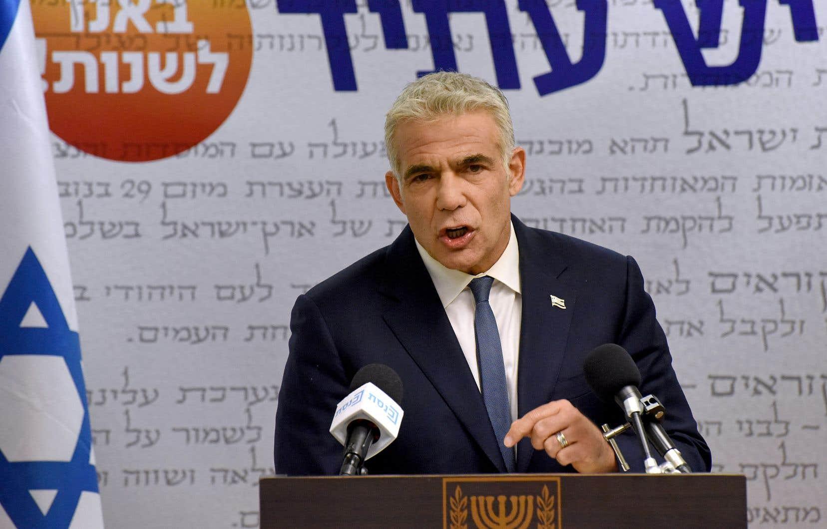 Yaïr Lapid, chargé début mai par le président de former une coalition après l'échec de Benjamin Nétanyahou, a jusqu'à mercredi soir pour présenter son projet d'accord de «gouvernement d'union nationale».