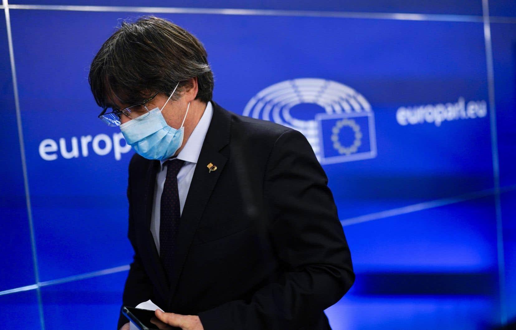 Carles Puigdemont, réfugié en Belgique depuis octobre 2017, avait dénoncé le 9mars «un cas clair de persécution politique».