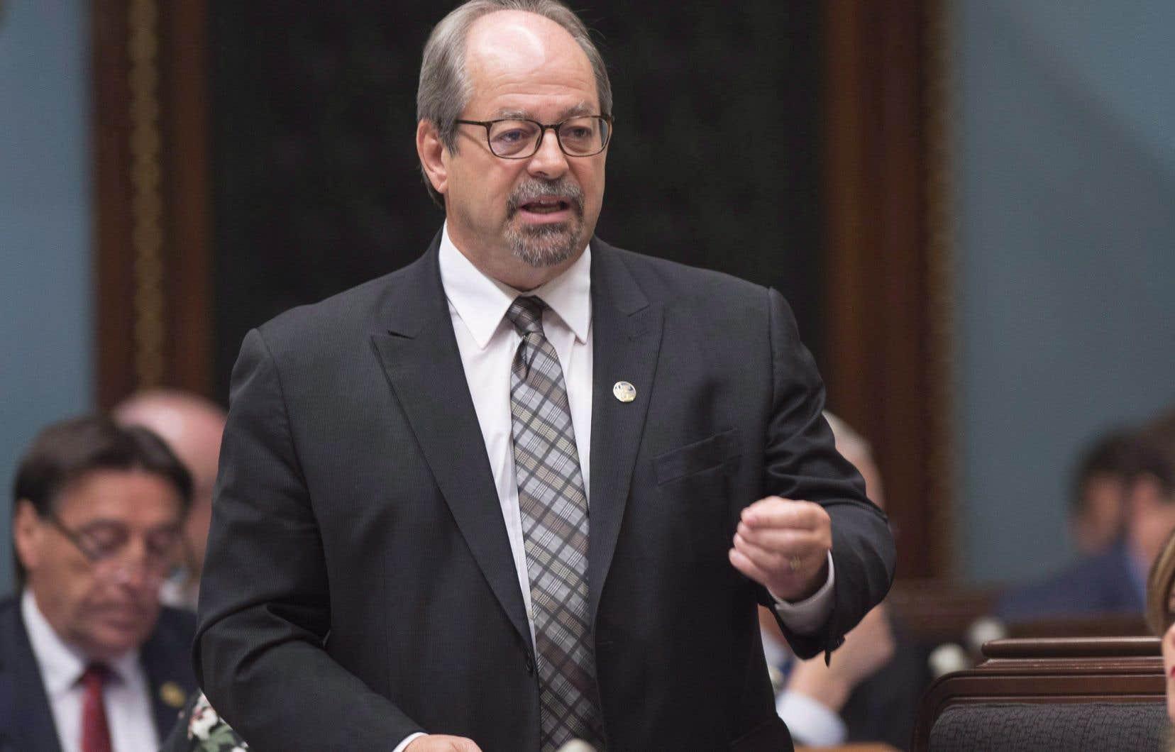L'ancien ministre responsable des Affaires autochtones Geoffrey Kelley succédera à Florent Gagné à partir du 14 juin.