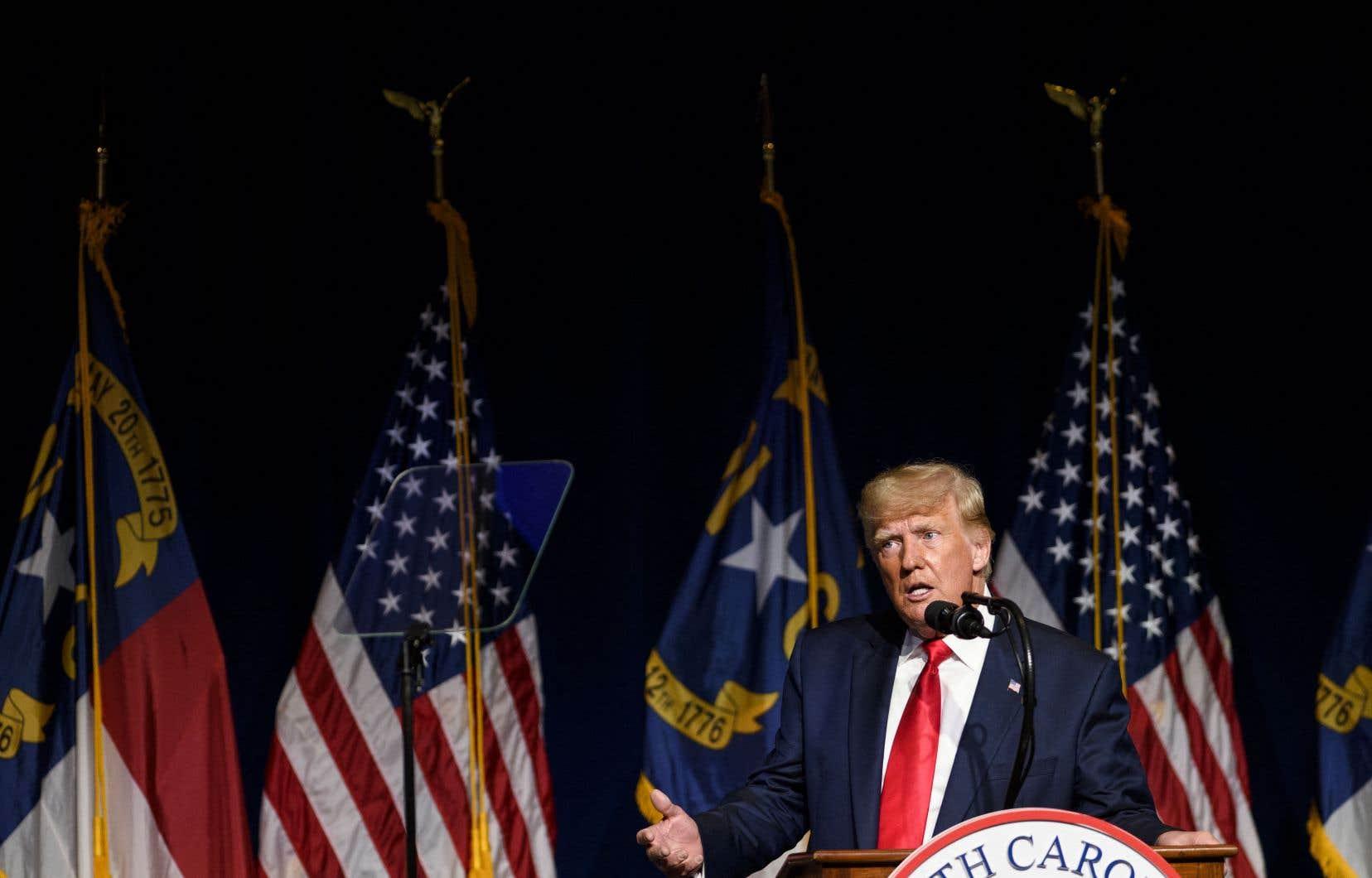 Contrairement aux énormes rassemblements, alors qu'il remplissait des arènes sportives lorsqu'il était président, Donald Trump a affronté une foule de plusieurs centaines de républicains de Caroline du Nord.