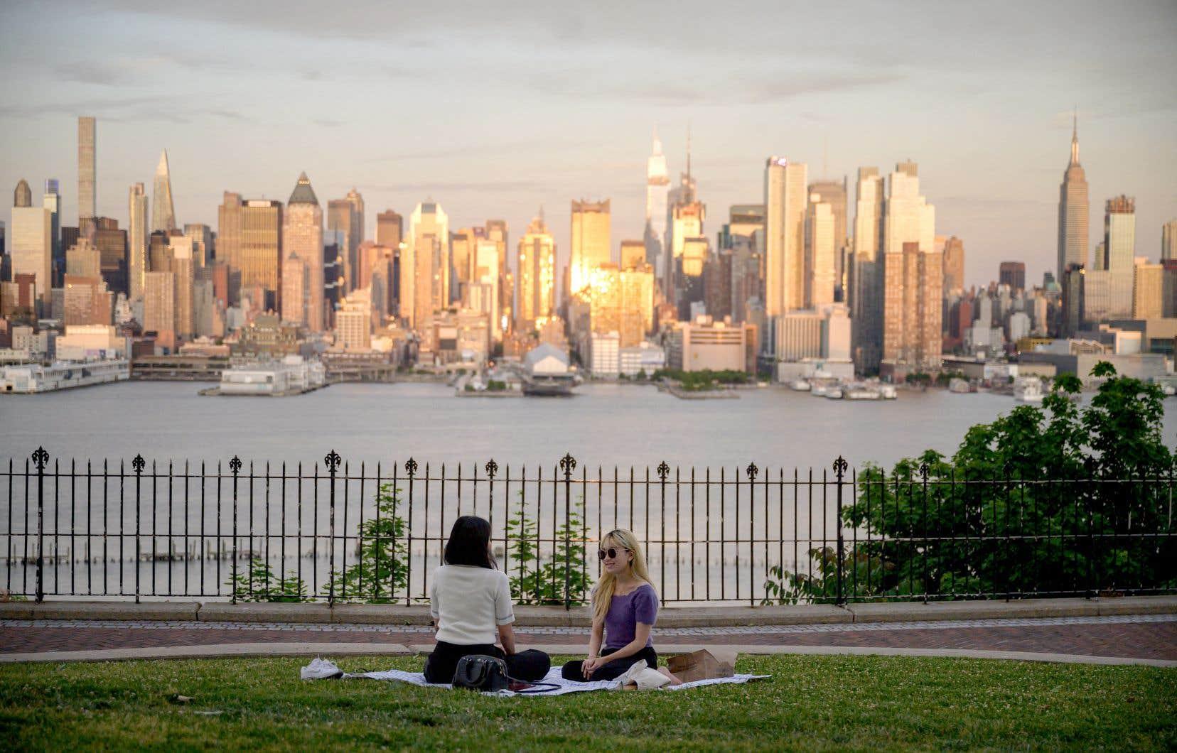 Peu à peu, New York commence à ressembler à ce qu'elle était avant. Et le tourisme y reprend doucement.