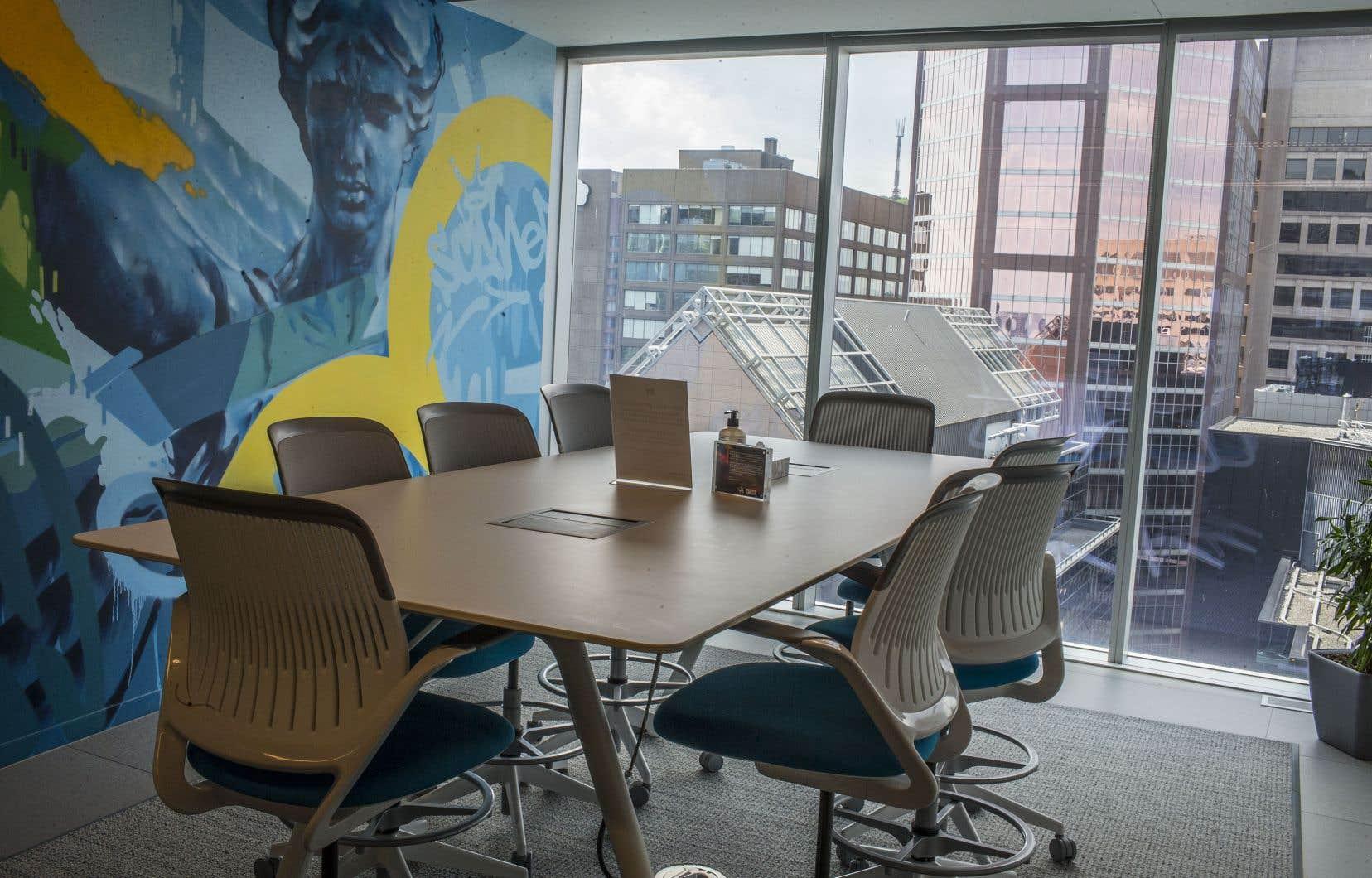 Au cabinet comptable EY Canada, dont le siège social se trouve au cœur de Montréal, une formule de travail alternant le domicile et le bureau était déjà en place bien avant la pandémie.