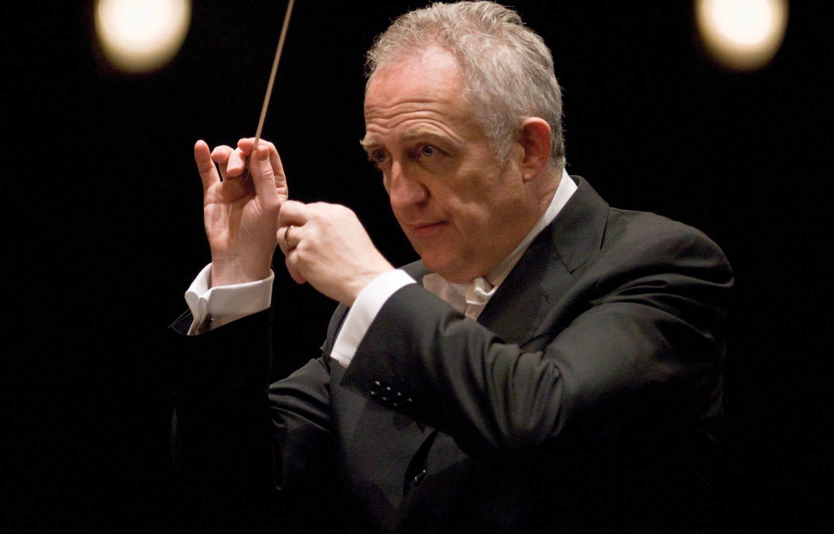 L'ancien chef de l'Orchestre symphonique de Vancouver, Bramwell Tovey, est chef invité principal pour deux saisons.