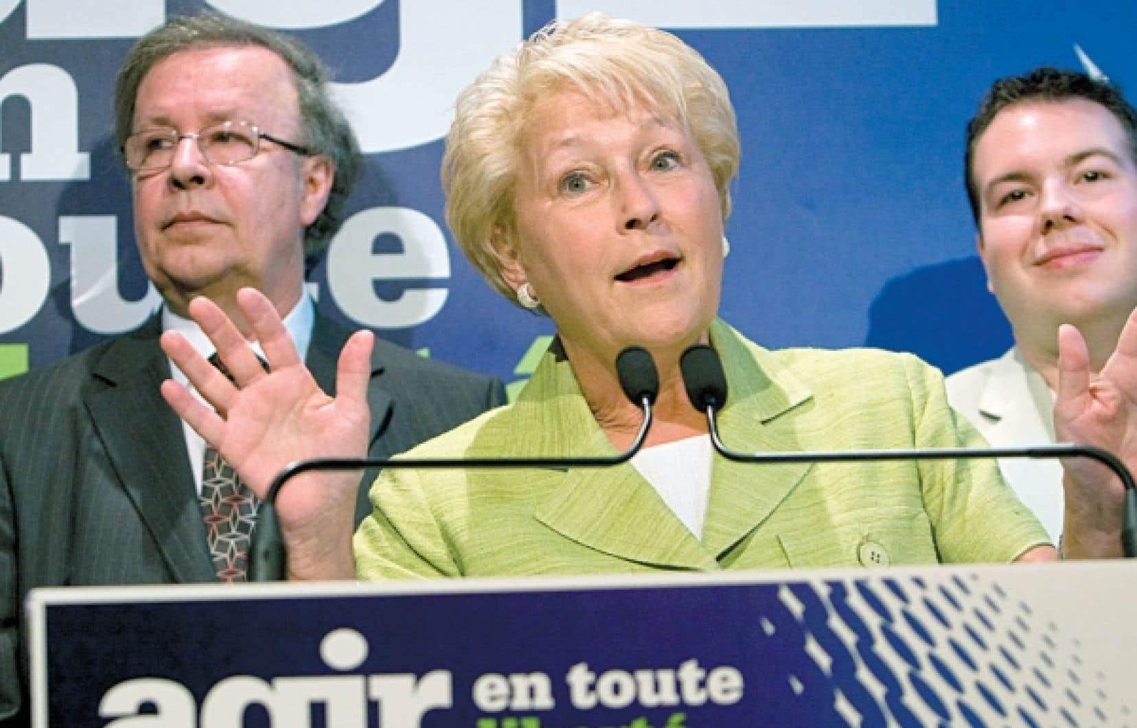 Pauline Marois: «Le changement le plus important que nous avons à proposer, c'est de transformer profondément le Québec en bâtissant un pays.»<br />
