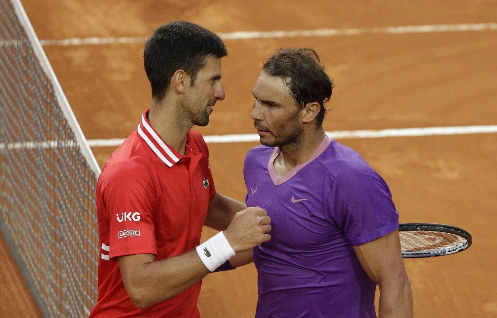 En mai dernier, Rafael Nadal (à droite) avait remporté le tournoi de Rome, en finale contre Novak Djokovic (à gauche), pour la neuvième fois de sa carrière.