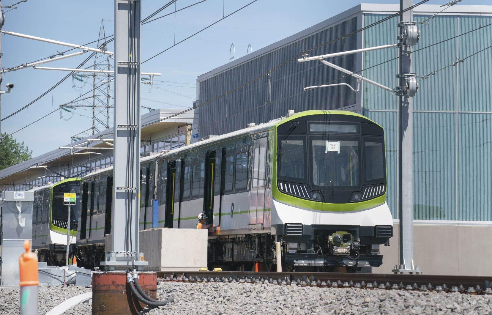 Le réseau de trains légers automatisés comptera 26 gares et 67 km de voies à travers le Grand Montréal.