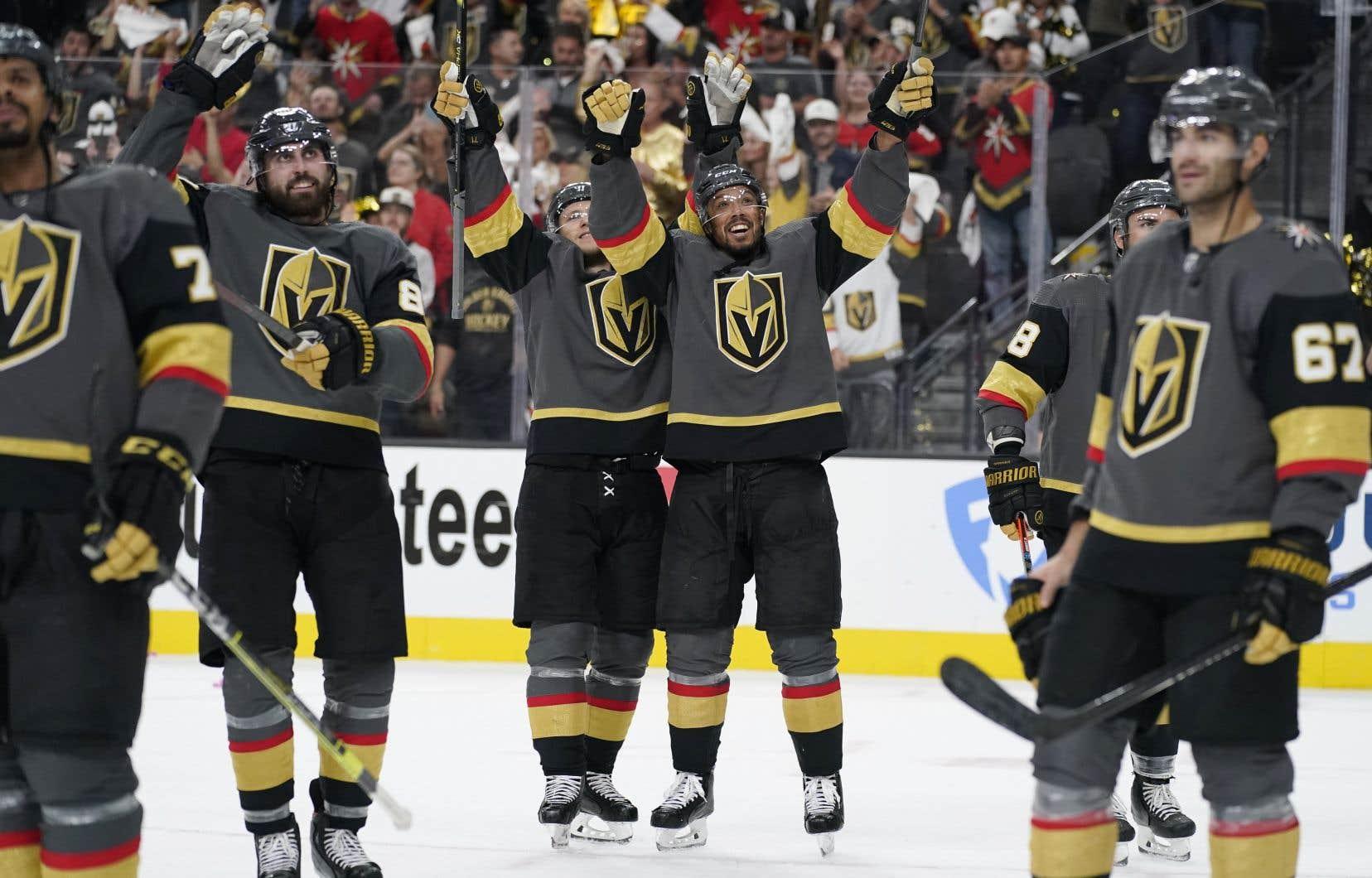 Les Golden Knights ont eu besoin de six rencontres pour venir à bout de l'Avalanche du Colorado, remportant quatre matchs de suite après avoir accusé un retard de 2-0 dans la série.