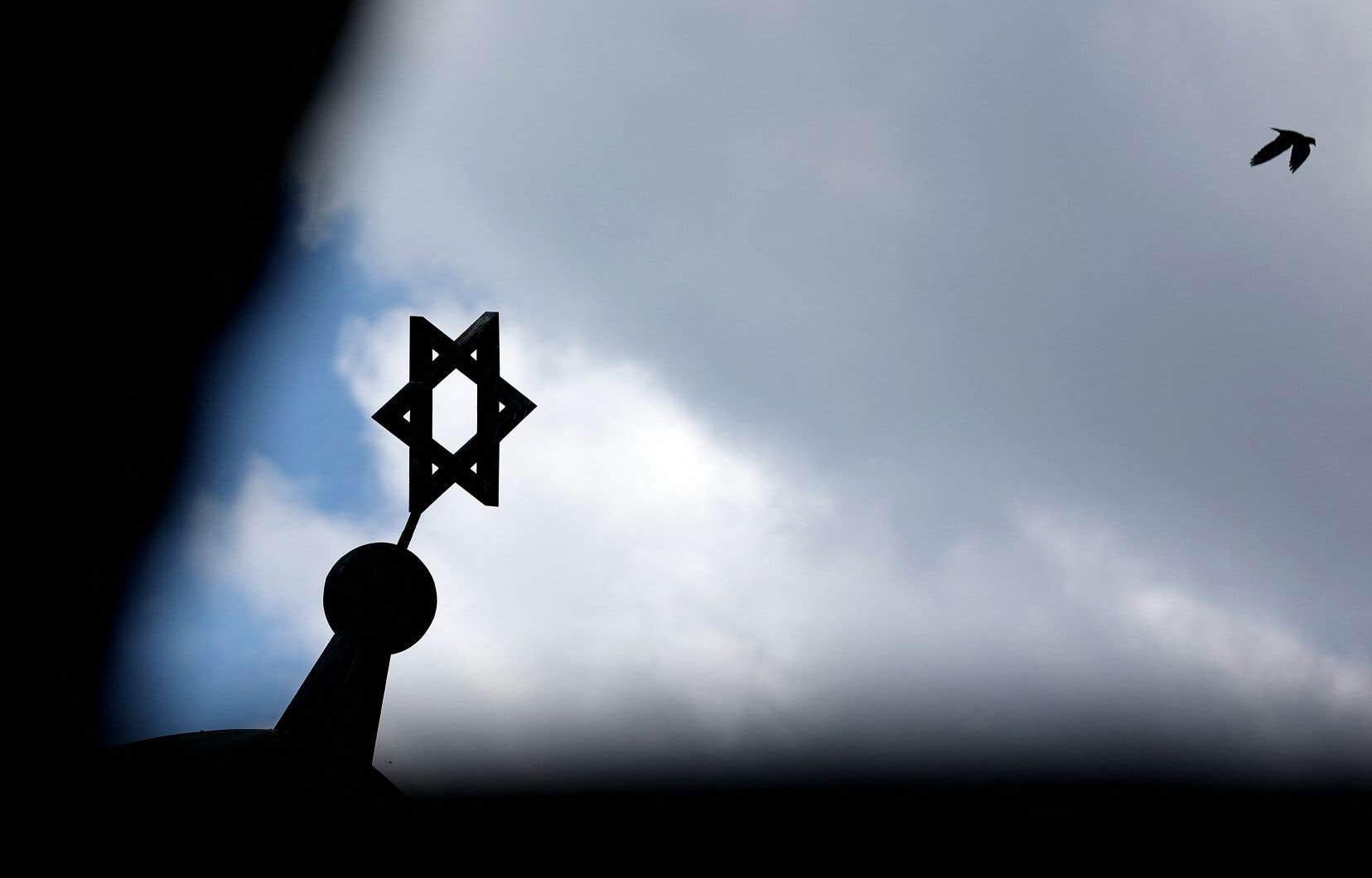 Selon l'auteur, le discours public de remise en question du droit d'Israël de se défendre contre le terrorisme et de son droit à exister en tant qu'État juif est un des discours les plus préoccupants actuellement, car il fait fi du droit international.
