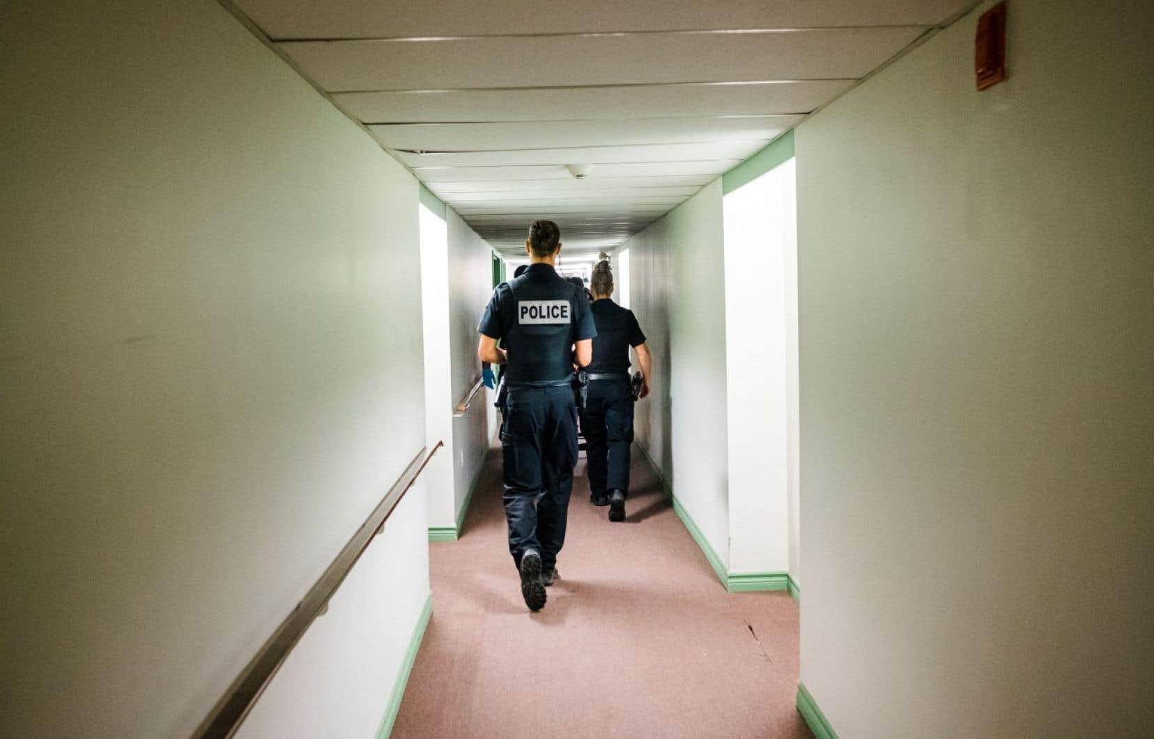 L'objectif du projet surnommé RESO est d'avoir une police capable de mieux saisir les enjeux de son milieu et d'intervenir plus tôt, avant la crise.