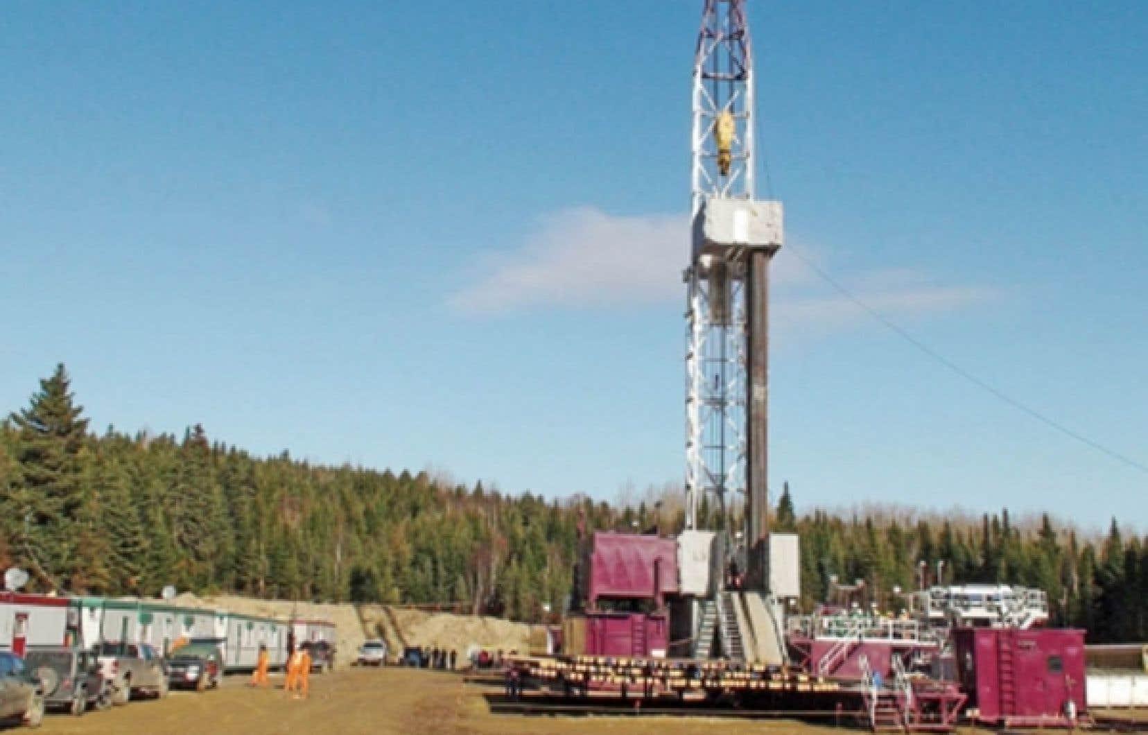 Même s'il y a des puits très généreux, ils sont souvent entourés par de vastes zones embrassant des puits pauvres. Dans certains cas, le forage et l'exploitation coûteraient plus cher que la valeur du gaz que les puits renferment.