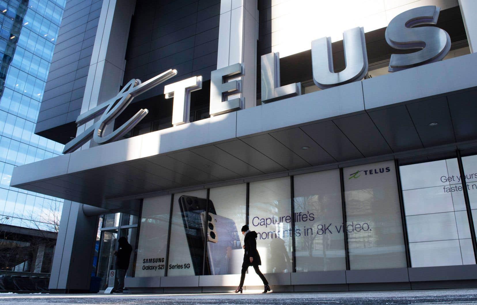 64% des 78 100 employés de Telus travaillent à l'étranger, contre 35% en 2014, selon le plus récent rapport annuel de l'entreprise.