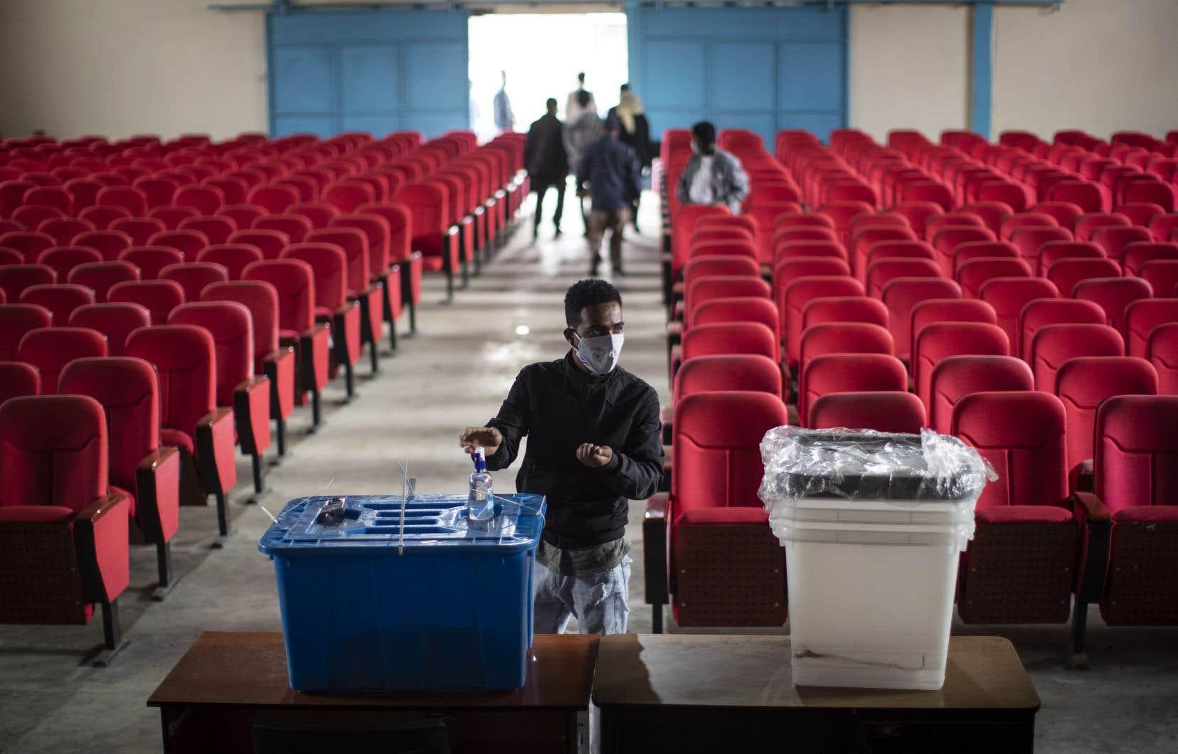 Face au défi d'organiser  un vote inclusif et crédible  dans un pays de 110millions d'habitants, vaste, accidenté et aux infrastructures déficientes,  la commission électorale  a manqué  de ressources.
